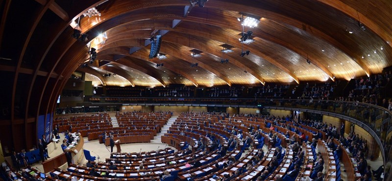Kaviárdiplomácia, így vásárolt meg európai politikusokat Azerbajdzsán