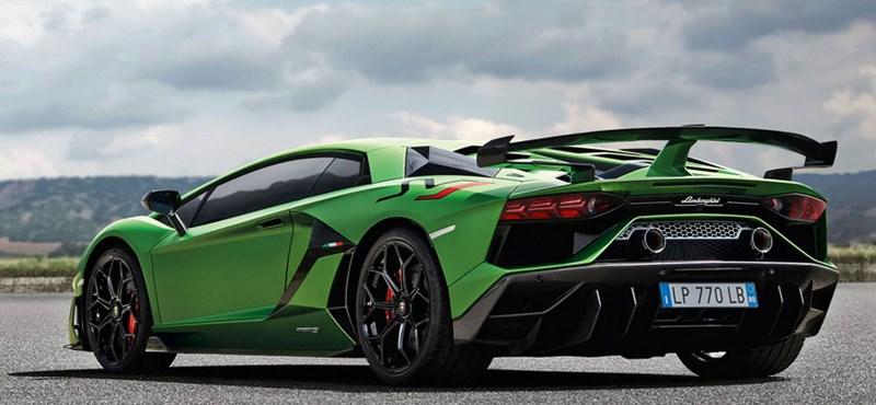 Eden Hazard mostanában nem sokat focizik, de vett egy 200 milliós Lamborghinit