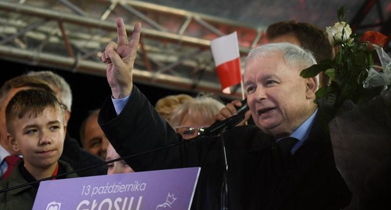 Kormányon marad a Jog és Igazságosság Lengyelországban