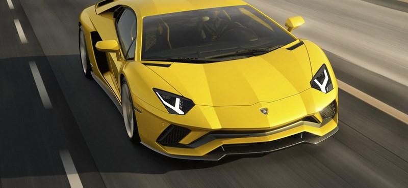 Megérkezett a Lamborghini új csúcsmodellje, a 740 lóerős Aventador S