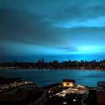 Olyan kék lett az ég New Yorkban az éjszaka közepén, hogy azt hitték, támadnak az ufók