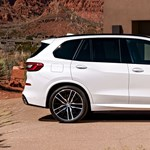 Hivatalos: itt a nagyobb, erősebb és okosabb teljesen új BMW X5