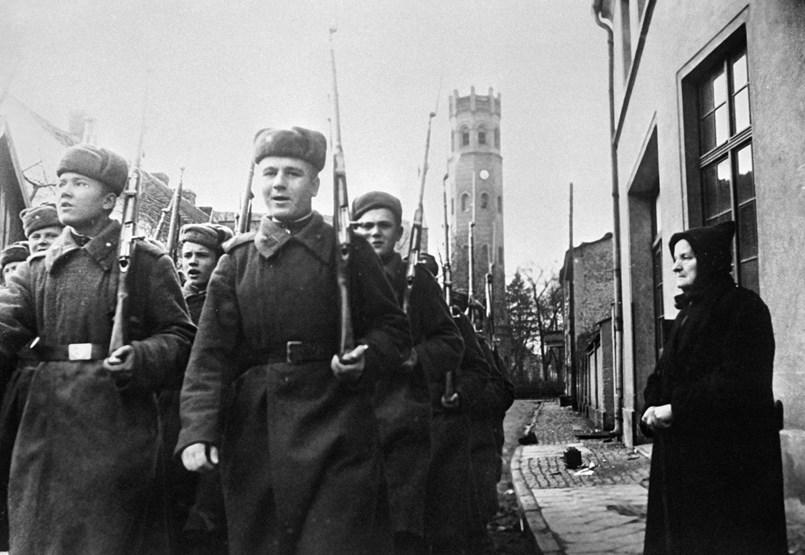 Egyedülálló emlékművet kaphatnak a fővárosban a háborúkban megerőszakolt nők