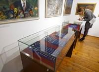 A zsidók deportálása előtt elásott kincseket találtak egy keszthelyi ház pincéjében