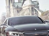 A Notre-Dame mellett fotózták a Citroën luxusautóját, amiből aztán nem lett semmi