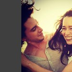 2012-es képek kerültek elő a Trónok harca sztárjairól – egy csókot is elkapott a fotós