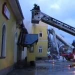 Van, hogy be sem indulnak a tűzoltóautók egy volt soproni tűzoltó szerint