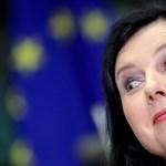 Hiába Orbán kirohanása, Von der Leyen megbízik a kormány által bírált EU-biztosban