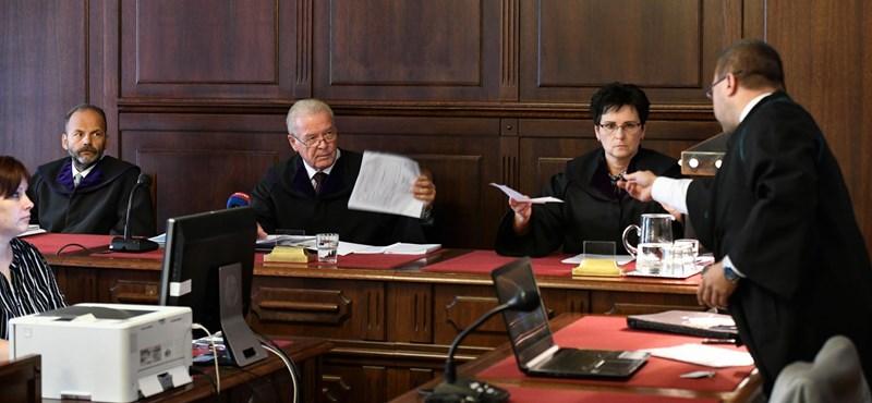 A Kúria szerint Handó ellenlábasa nem is kérdezhetett volna olyanokat, amilyeneket kérdezett