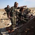 Harcoló kurd nők üzentek a magyar népnek
