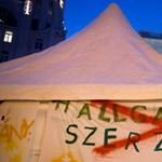Újabb nyílt levelet kapott a kormány: a művészeknek sem tetszik a röghöz kötés