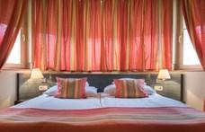 Üdülési jogok: a legnagyobb szállodacsoport megválna az ügyfeleitől