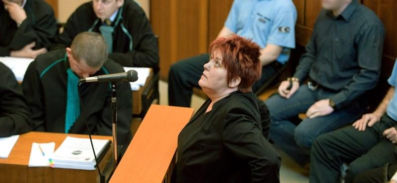 Meggyűlt a baja a bírónak a romagyilkosságok koronatanújával