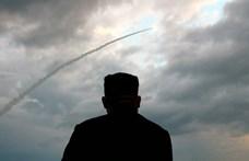 Tengeralattjáróról indítható rakétával kísérletezik Észak-Korea, egy töltet 590 kilométert repült
