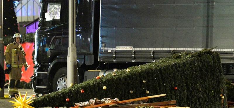 Egy 23 éves pakisztáni menekült vezethette a berlini kamiont