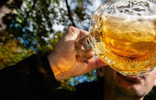 Megtilthatják az utcai alkoholfogyasztást Siófokon