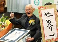 Meghalt a legidősebb férfi a világon, 112 éves volt
