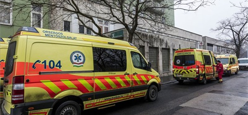 Nyugdíjas-szövetkezettől bérel munkaerőt a Péterfy-kórház
