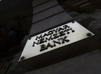 Több mint 100 ezer bankszámla maradt zárolva