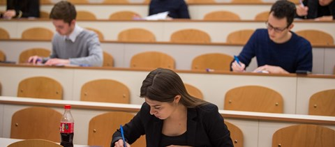 Ennyien kerülhetnek be idén a Dunaújvárosi Egyetemre: itt a 2020-as kapacitás