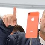 Kit érdekel, mennyi iPhone-t adnak el? Az Apple-t egyre kevésbé