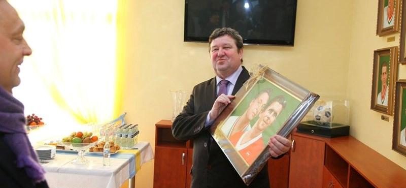 Fideszes politikusok hűbérbirtokává válik a magyar vidék
