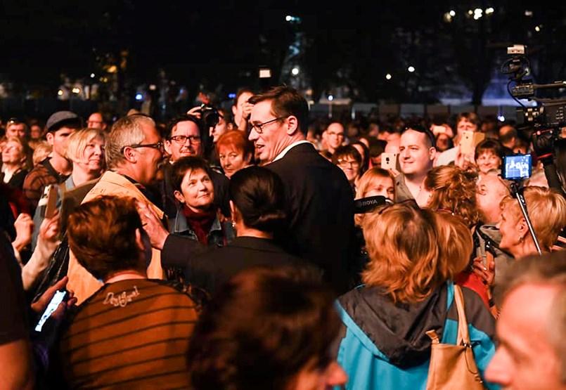 Toronymagasan vezet a Fidesz Budapesten, de Karácsonnyal elégedettek a fővárosiak