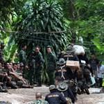 Barlangban rekedt gyerekek: meghalt egy búvár a mentőakció előkészítésekor