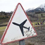 """""""Kopog az ajtón, nem érkezik válasz"""" – furcsa dolog történt a Germanwings-gépen a zuhanás előtt"""