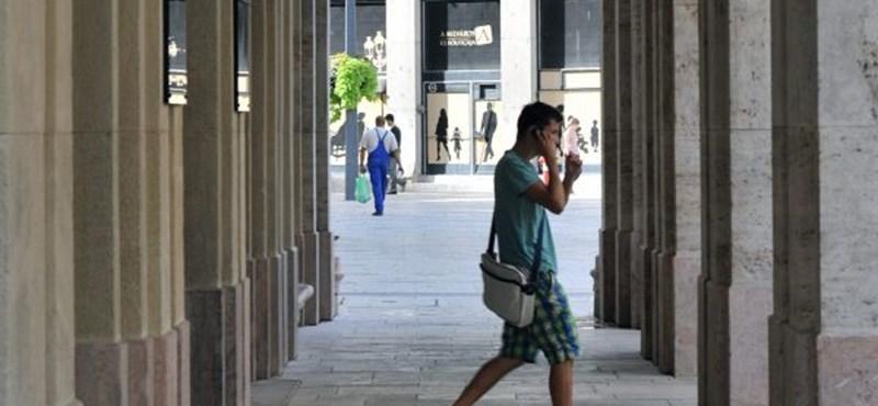 A nap kérdése: 2013-tól százezreket kell fizetni a jogászképzésért?