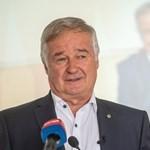 Telefonont ragadott a Fidesz-KDNP szegedi jelöltje, és szavazásra buzdított