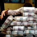 Egyre több a félretett pénz