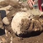 Antik márványfejre bukkantak Rómában, és már azt is tudják, kié
