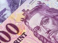 A NAV-nak végzett karbantartásért kért kenőpénzt, öt évet kaphat