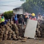 Lövöldöztek a szállodájuk mellett - menekülnie kellett egy magyar csoportnak Nicaraguából