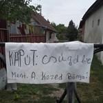 Ezeken a képeken röhög az ország: kínos helyesírási hibák