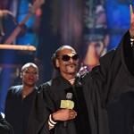 Snoop Dogg szakácskönyvet ad ki: homár lesz benne, füves süti nem