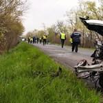 Oszlopnak csapódott egy autó Vecsésen, súlyos sérült