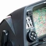 Meglepő, de az első autós navigációk még nem látták a műholdakat