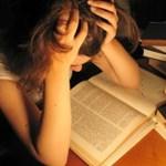 Átejtik az egyetemi tanárokat a csaló hallgatók