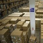 El lehet menni: Már a targoncások is pakolnak