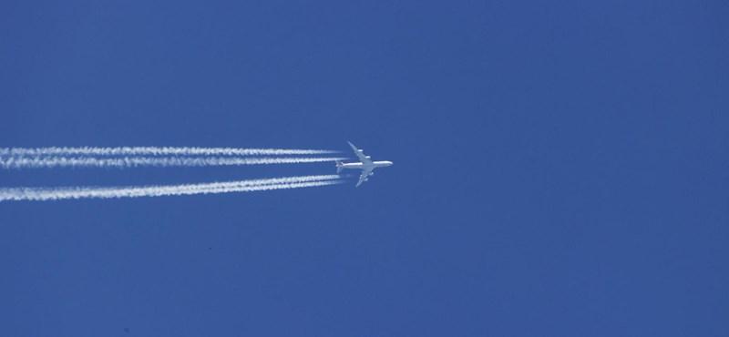 Drágulnak a repülőjegyek, ha az EU meglépi, amit egy kiszivárgott tanulmányban írnak