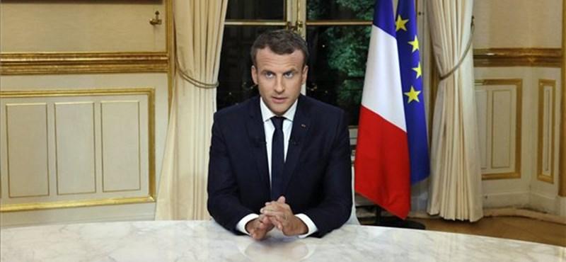 Macron törvénnyel lépne fel az álhírek ellen