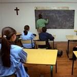 MSZP: ne legyen különbség az állami és egyházi iskolába járó diákok között