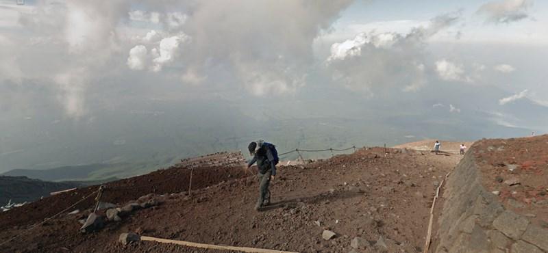 Street View a 3776 méter magas Fudzsi csúcsáról