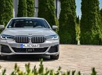 394 lóerő és zöld rendszám: Magyarországon az új hibrid 5-ös BMW