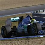 Ecclestone: Schumachernek a Red Bullnál lenne a helye