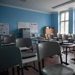 Civil Közoktatási Platform: Táppénzt a szülőknek, oltást a pedagógusoknak!