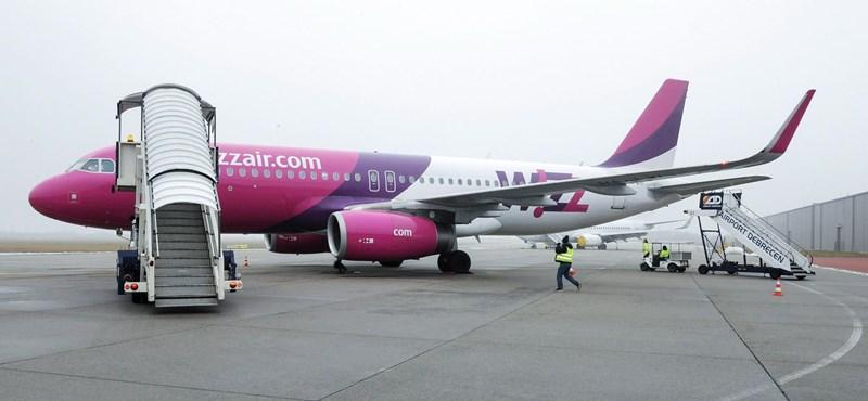 Le kellett kötözni egy őrjöngő utast a Wizz Air Budapest-Tenerife járatán