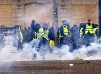 Sárgamellényesek tüntetése: antiszemita incidens Párizsban